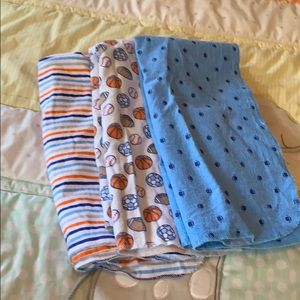 Three piece sports swaddle set